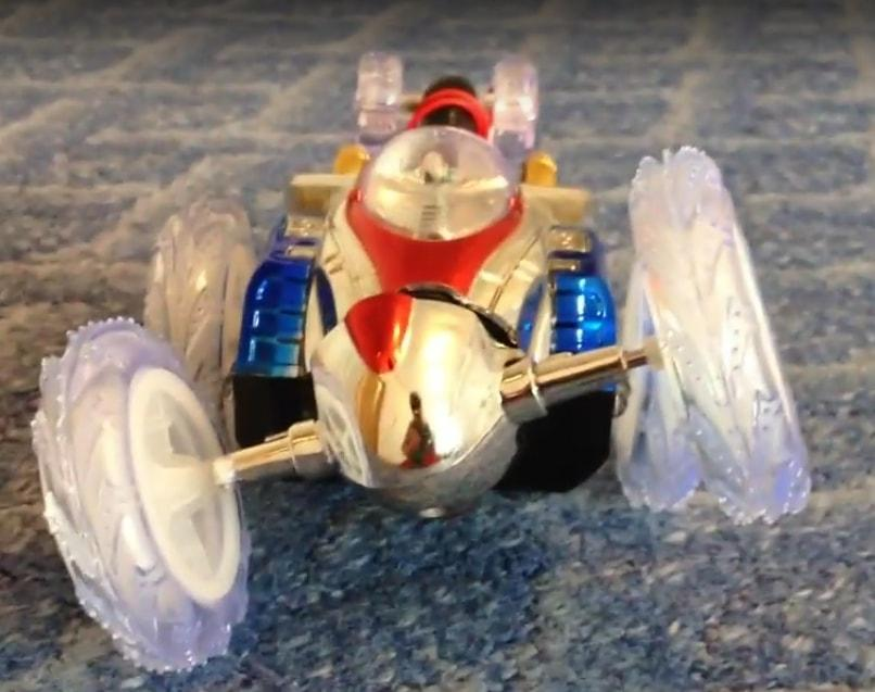 Радиоуправляемый автомобиль для трюков DASHER