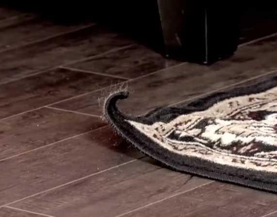 Противоскользящие уголки для ковров